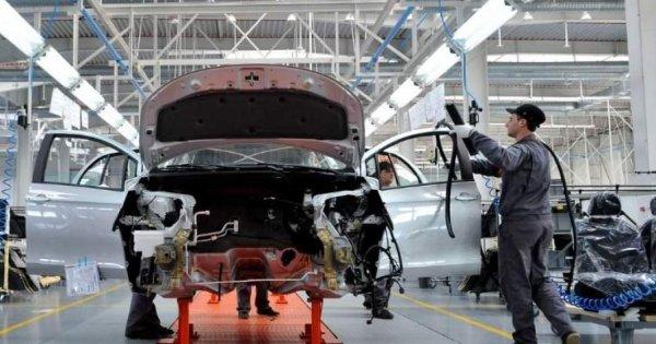 Radiografia pieței globale a furnizorilor auto: Cine a pierdut și cine a...