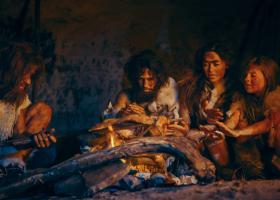 O specie preistorică mai apropiată de om decât neanderthalienii a fost...