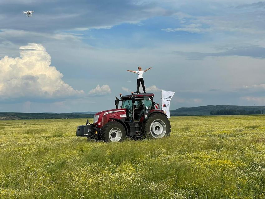 Patricia Pop tractor