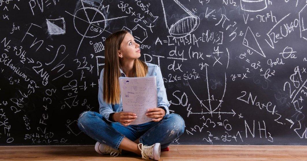 Gabriela Firea vrea sa le dea premii in bani elevilor cu media generala peste 8,5