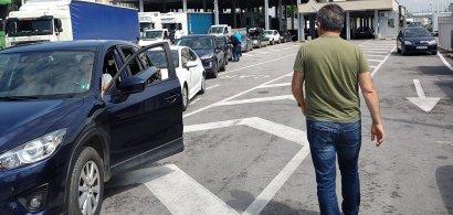 Cozi uriașe de mașini la intrarea în Grecia. Turiștii români așteaptă cel...
