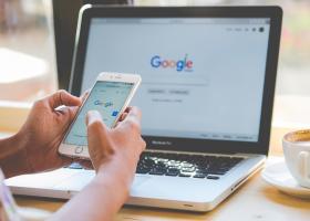 Google a făcut schimbări importante anul acesta: la ce trebuie să fie atente...