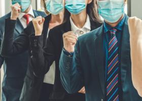Poate fi impusă vaccinarea angajaților români? Subiectul tabu al momentului