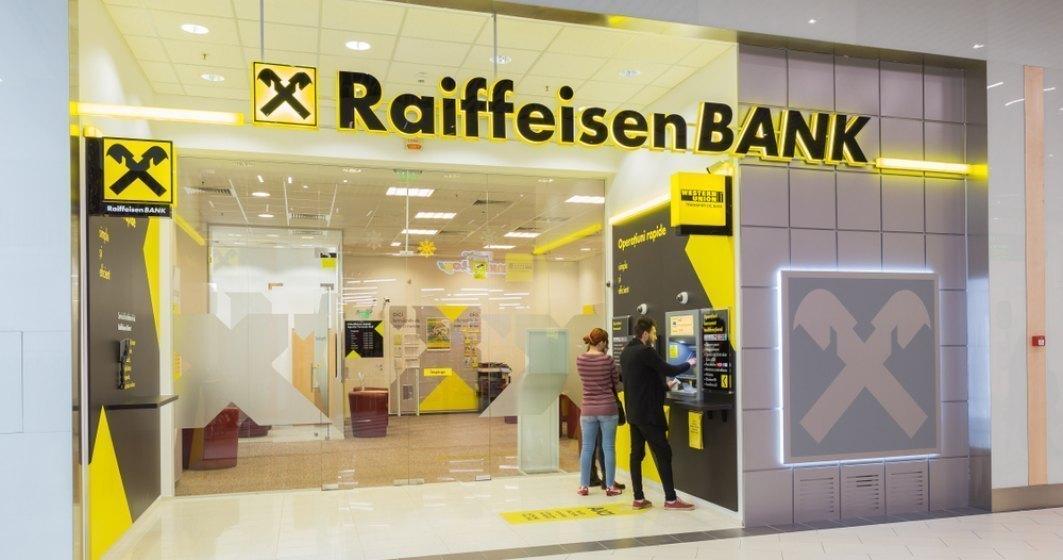 """Pandemia """"mușcă"""" din profitul Raiffeisen Bank: diferență de 100 de milioane de lei față de anul trecut"""