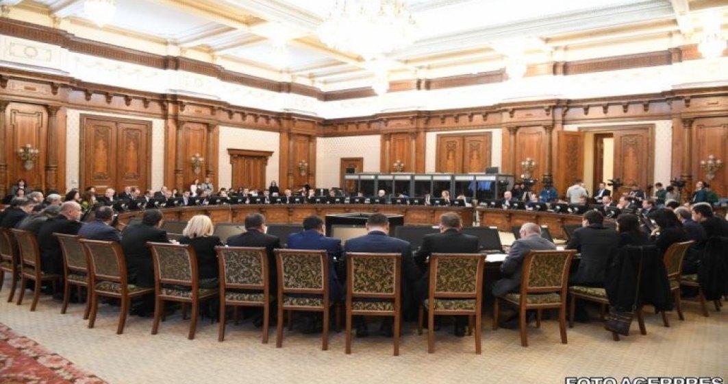 Busoi: Exista o galerie de ministri tristi si incompetenti care astazi duc Romania catre haos