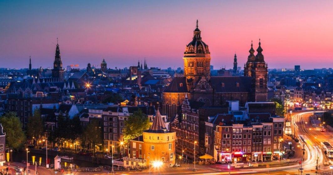 Olanda a deschis prima staţie de votare drive-in