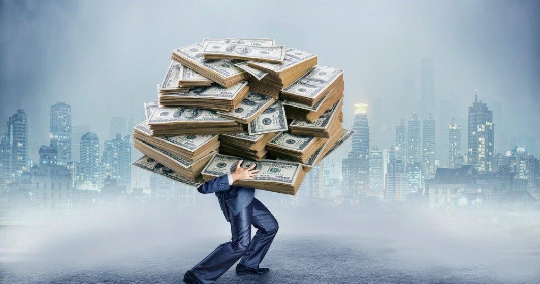 Bugetar de lux cu salariu de 18.000 euro, seful ANRE scapa de grija raspunderii pentru grava neglijenta in serviciu