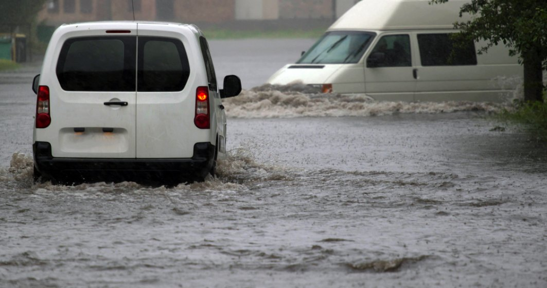 INHGA: Avertizare Cod portocaliu de inundatii, valabila pe rauri din 19 judete