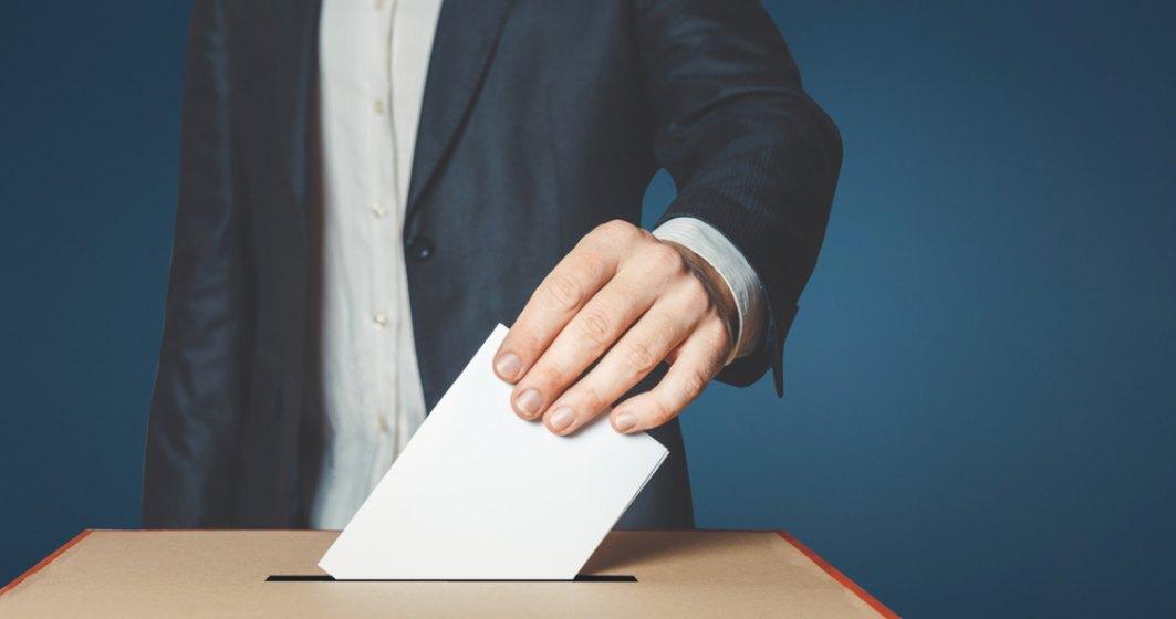 Alegeri parlamentare anticipate în Republica Moldova. Moldovenii aleg între Vest și Est