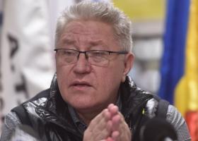 G4Media: Sindicalistul Rădoi negocia cu Piedone să nu fie demolate spațiile...