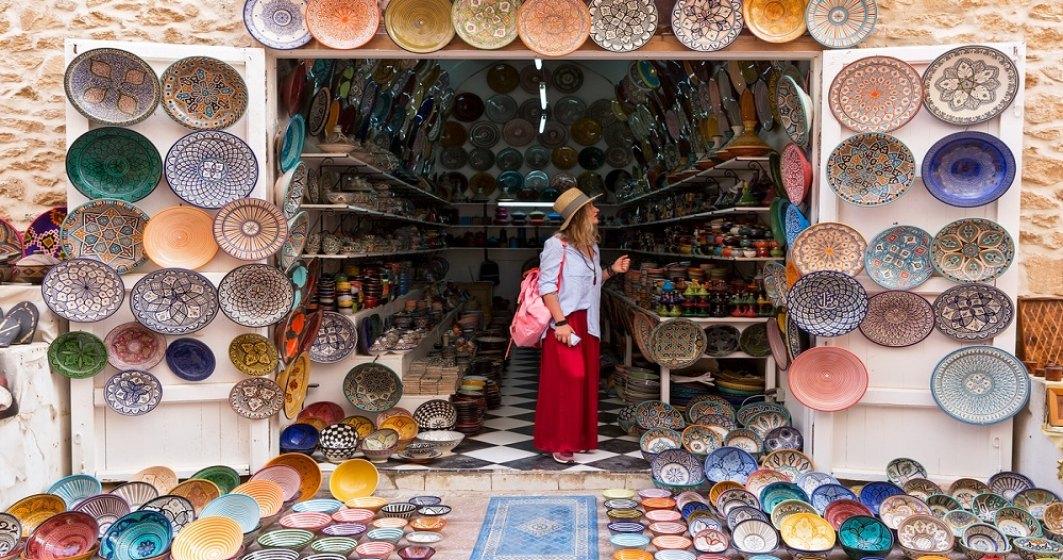 Turism: cei mai multi romanii aleg sa isi achite cash vacantele