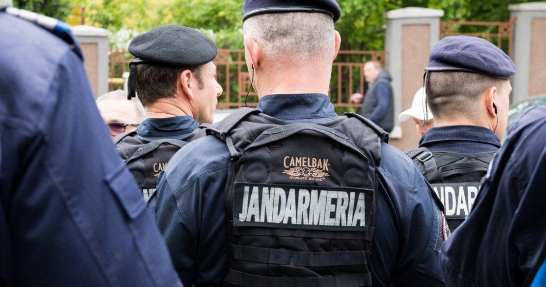 Jandarmeria avertizează că nu renunță la amenzi de Revelion pentru cei care nu respectă restricțiile