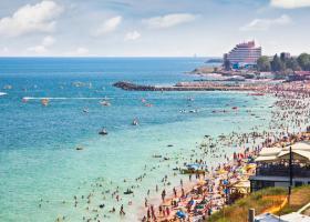 Agențiile de turism vor ca străinii nevaccinați să poată intra mai ușor în...