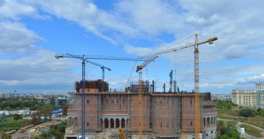 MFP propune alocarea a 115 milioane de lei pentru Catedrala Mantuirii Neamului si taie 122 de la Cercetare