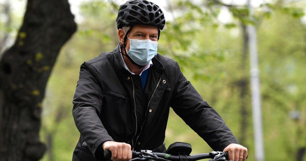 România sărbătorește pentru prima dară Ziua Bicicletei. Klaus Iohannis, pe două roți