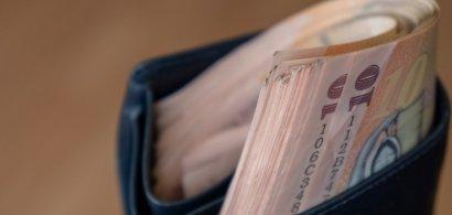 Top 5 cele mai mici salarii medii nete în luna aprilie