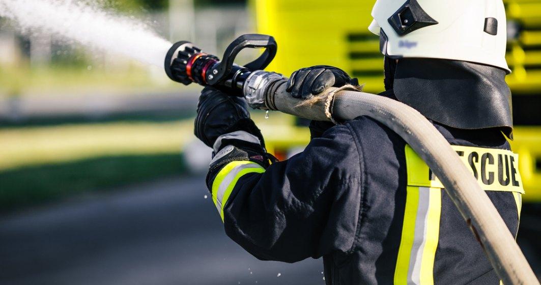 Incendiu intr-un salon ATI, la SJU Alba Iulia: doua cadre medicale, cu arsuri si intoxicare cu fum