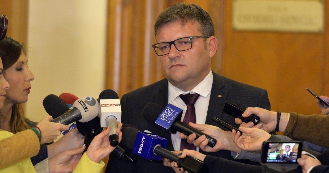 Marius Budai: Cei 400.000 de bugetari nu sunt in pericol de a fi disponibilizati cat timp PSD este la guvernare