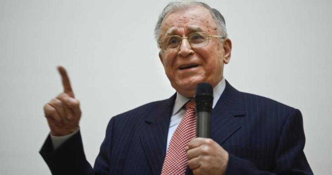 Ion Iliescu ramane internat la Spitalul Elias