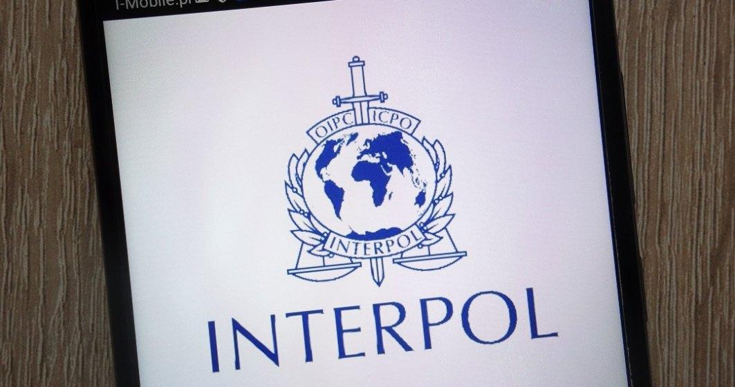 Interpol avertizează în legătură cu vaccinurile impotriva COVID-19 contrafăcute