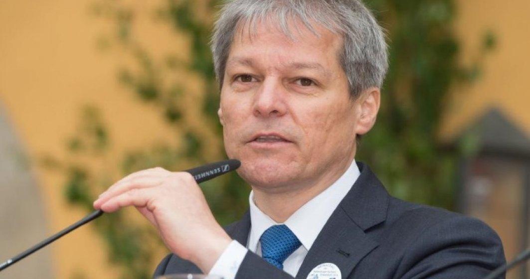 Dacian Ciolos vrea dizolvarea Parlamentului daca referendumul pentru suspendarea presedintelui esueaza