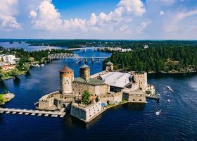 Trei locuri pe care să le vizitezi într-o vacanță în Finlanda