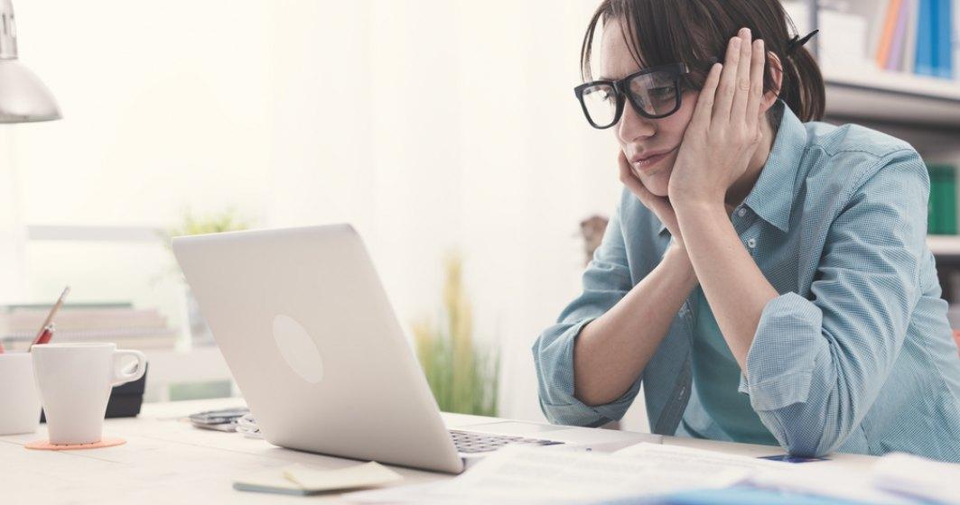 Opt moduri de a-ți transforma locul de unde lucrezi în biroul ideal, chiar și atunci când muncești de acasă