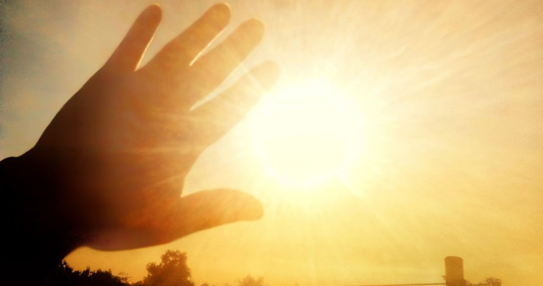ANM: Vreme deosebit de caldă în peste trei sferturi din țară. Pentru ce județe este cod portocaliu de caniculă
