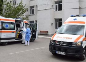 """Noapte """"de foc"""" la Spitalul de Boli Infecțioase din Iași. Manager: 99% dintre..."""