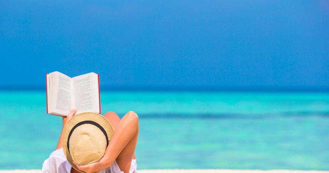 Cinci carti pe care sa le citesti vara asta, la plaja