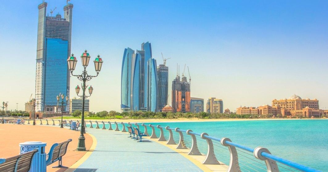 Mersul la cumpărături este permis în Abu Dhabi doar cu certificat de vaccinare sau test PCR