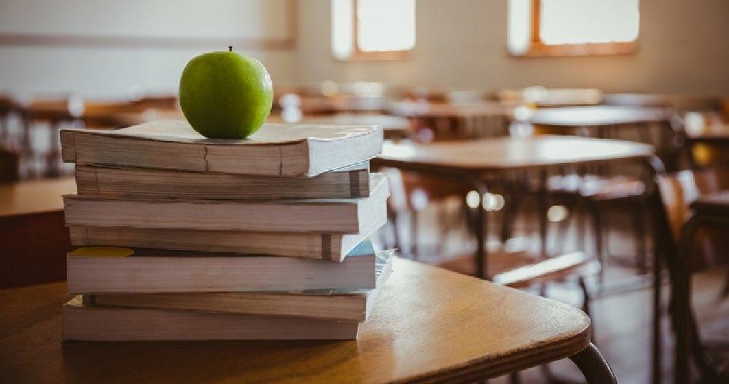 """Ministrul Educatiei: Va exista manual si pentru orele de """"Dirigentie"""""""