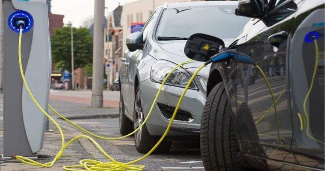 Enel a demarat instalarea a 10 statii de incarcare de tip vehicle-to-grid