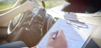 O aplicație românească pentru școala de șoferi folosește un algoritm de...