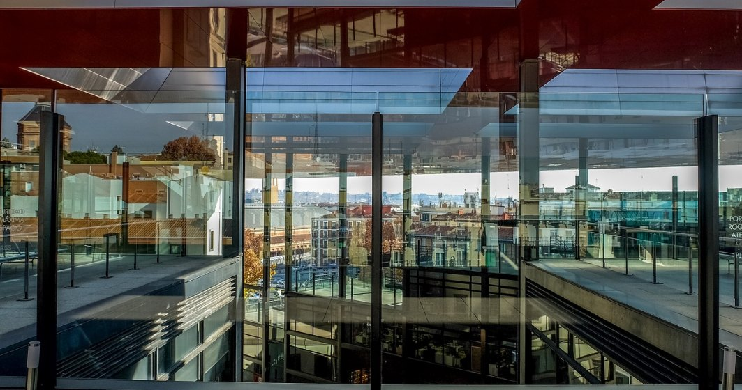 Tranzactie in constructii. Gigantul Saint-Gobain cumpara compania romaneasca Pietta Glass Working, cu afaceri de 20 mil. euro