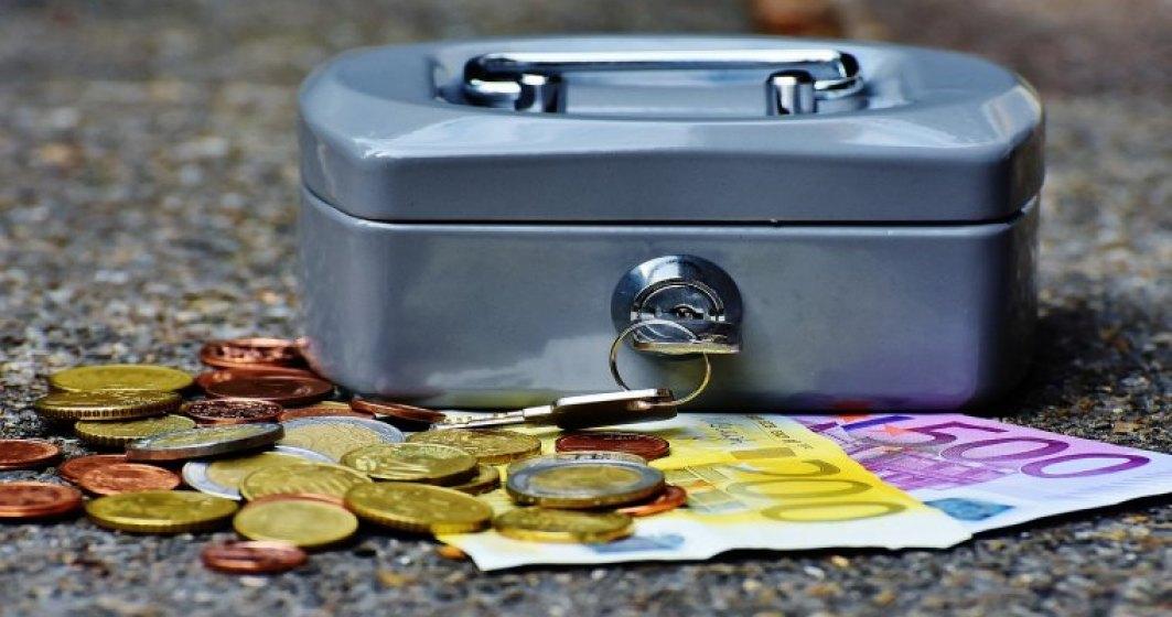 Noul sef al ANAF a castigat in 2015 aproape 100.000 lei la CNAS si are de rambursat un credit de 22.500 euro