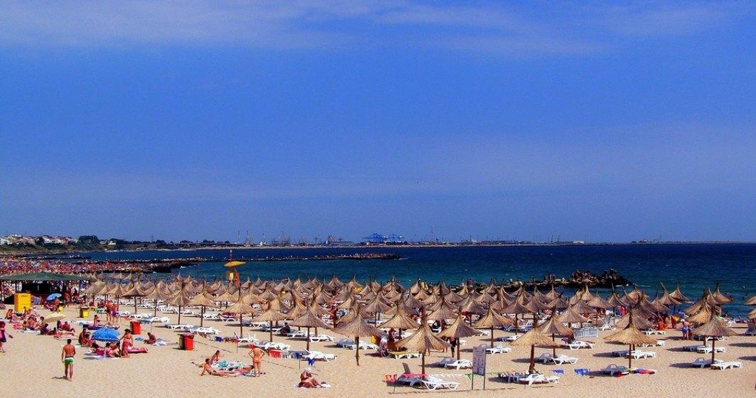 Voucherele de vacanta vor aduce un plus de peste 300.000 de turisti pe litoral in 2019