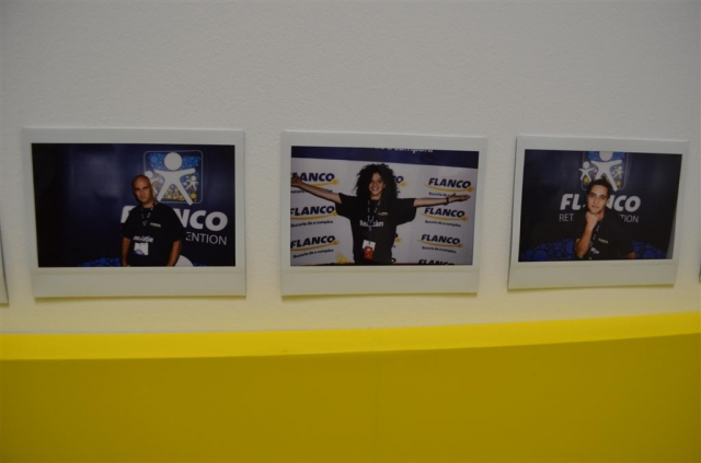 Noul sediu Flanco: Fotografii ale angajatilor, pe sigla gigant a companiei - Foto 1 din 18