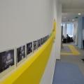 Noul sediu Flanco: Fotografii ale angajatilor, pe sigla gigant a companiei - Foto 2