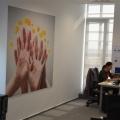 Noul sediu Flanco: Fotografii ale angajatilor, pe sigla gigant a companiei - Foto 8