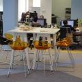Noul sediu Flanco: Fotografii ale angajatilor, pe sigla gigant a companiei - Foto 13