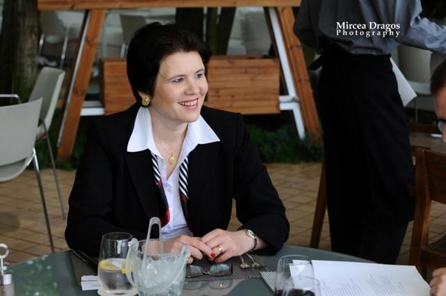 Lunch cu cel mai curajos CEO din asigurari: Despre leadership, viata de expat si calatorii - Foto 1 din 8