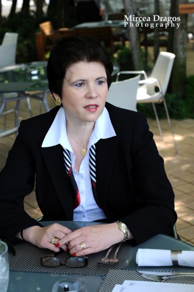 Lunch cu cel mai curajos CEO din asigurari: Despre leadership, viata de expat si calatorii - Foto 7 din 8
