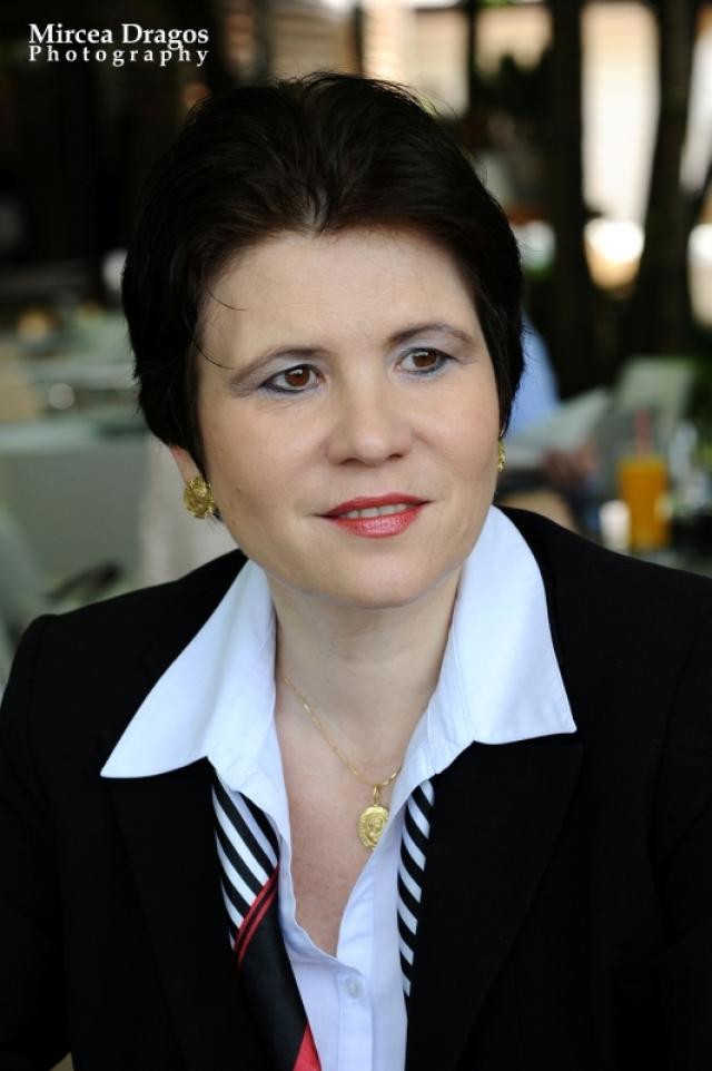 Lunch cu cel mai curajos CEO din asigurari: Despre leadership, viata de expat si calatorii - Foto 8 din 8