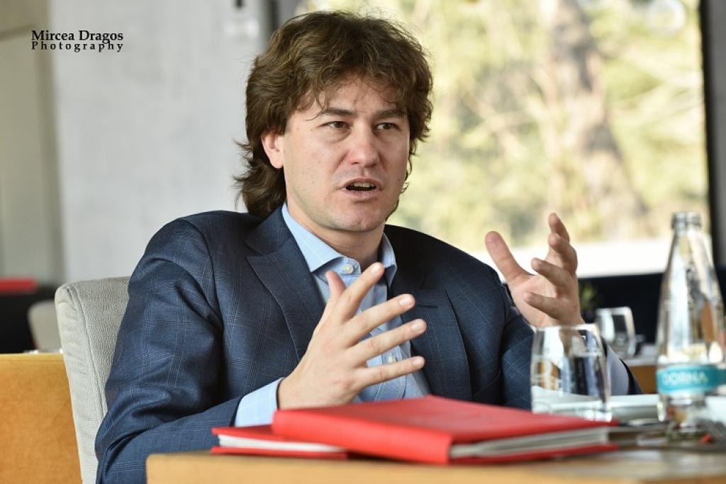 Lunch cu Stefan Nanu, seful Trezoreriei romane: drumul din tribunele Giulestiului, la masa directorilor Bancii Mondiale - Foto 6 din 10