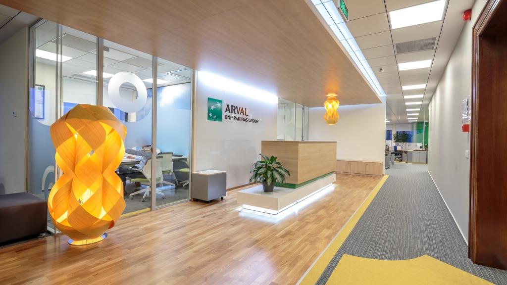 Cum arata sediul Arval: un birou care iti da o stare de bine - Foto 1 din 31
