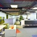 Cum arata birourile in care toate materialele folosite la constructie se imbina: in vizita la sediul Skanska din nordul Capitalei - Foto 6
