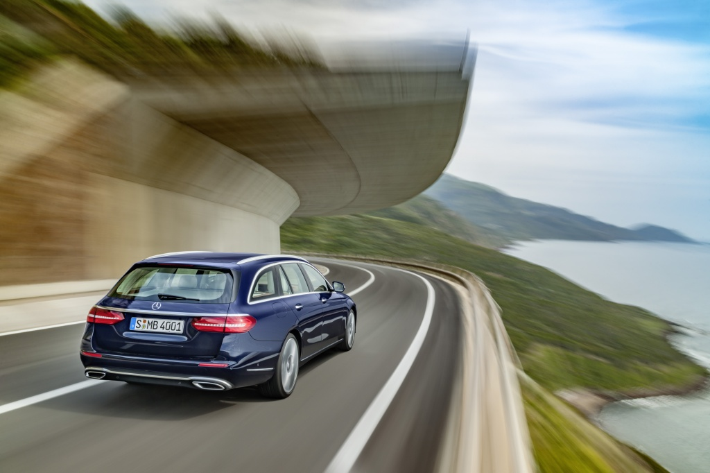 Mercedes-Benz a prezentat in premiera mondiala noua Clasa E Estate - Foto 26 din 27