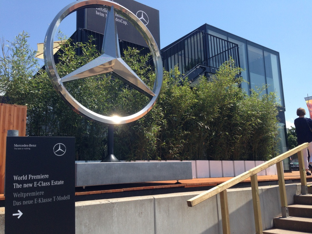 Mercedes-Benz a prezentat in premiera mondiala noua Clasa E Estate - Foto 1 din 27
