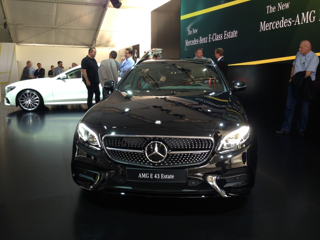 Mercedes-Benz a prezentat in premiera mondiala noua Clasa E Estate - Foto 6 din 27